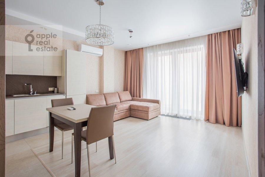 Living room of the 2-room apartment at Bol'shaya Sadovaya ulitsa 5k1