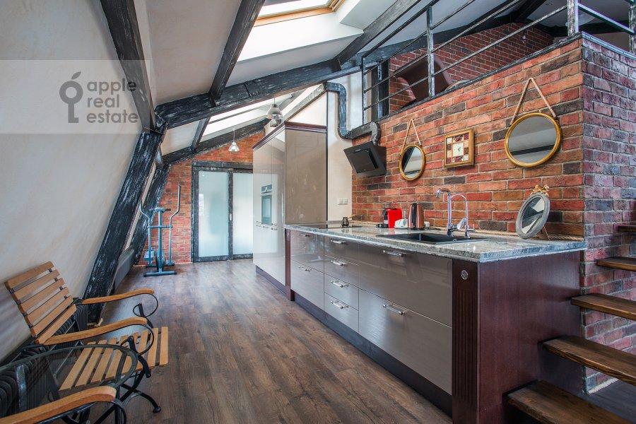 Kitchen of the 3-room apartment at Komsomol'skiy prospekt 42s2