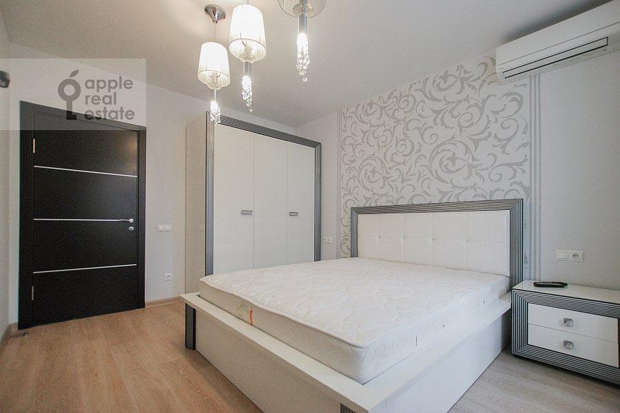 Спальня в 3-комнатной квартире по адресу Троилинский переулок 4/7