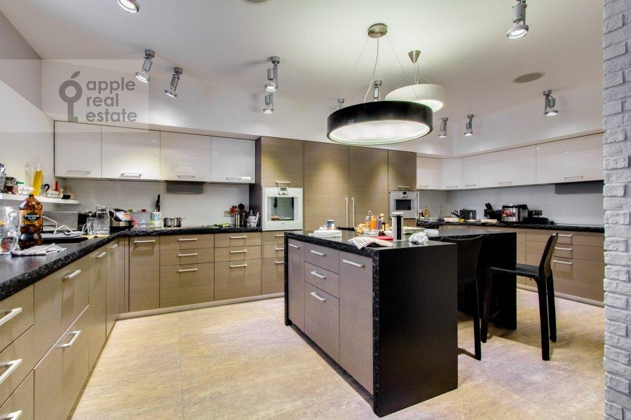 Kitchen of the 6-room apartment at Leninskiy  pr-t. 106k1